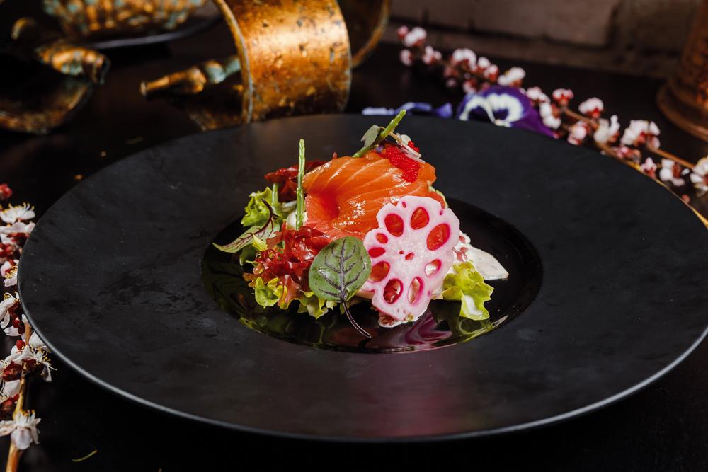 Салат из лосося и фенхеля