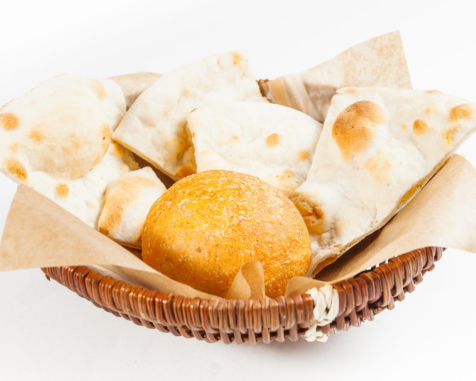 Домашний теплый хлеб