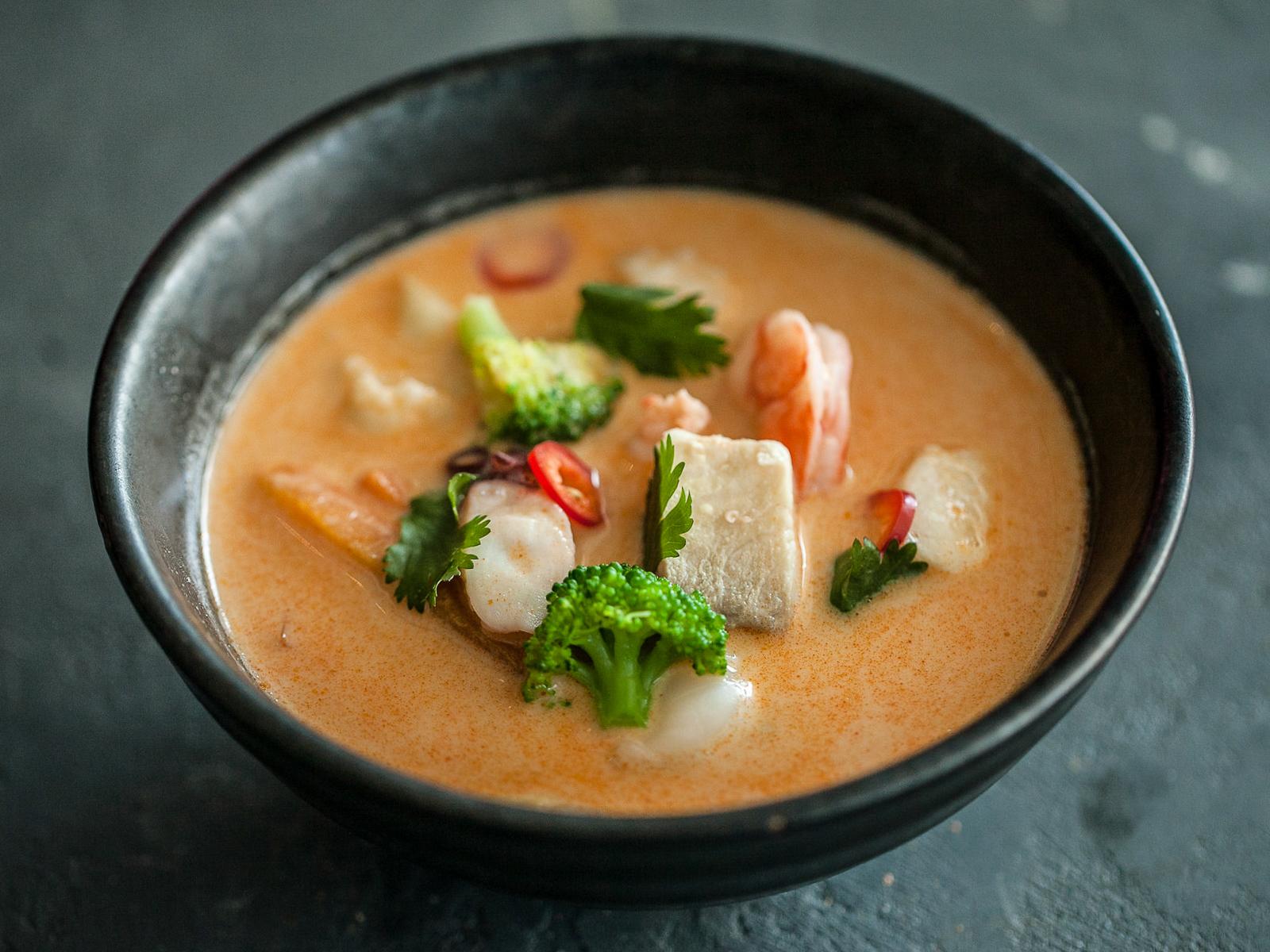 Суп острый Том Ям
