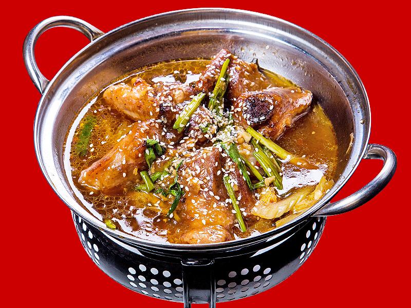 Суп Дю Динь го со свиными ребрышками и овощами