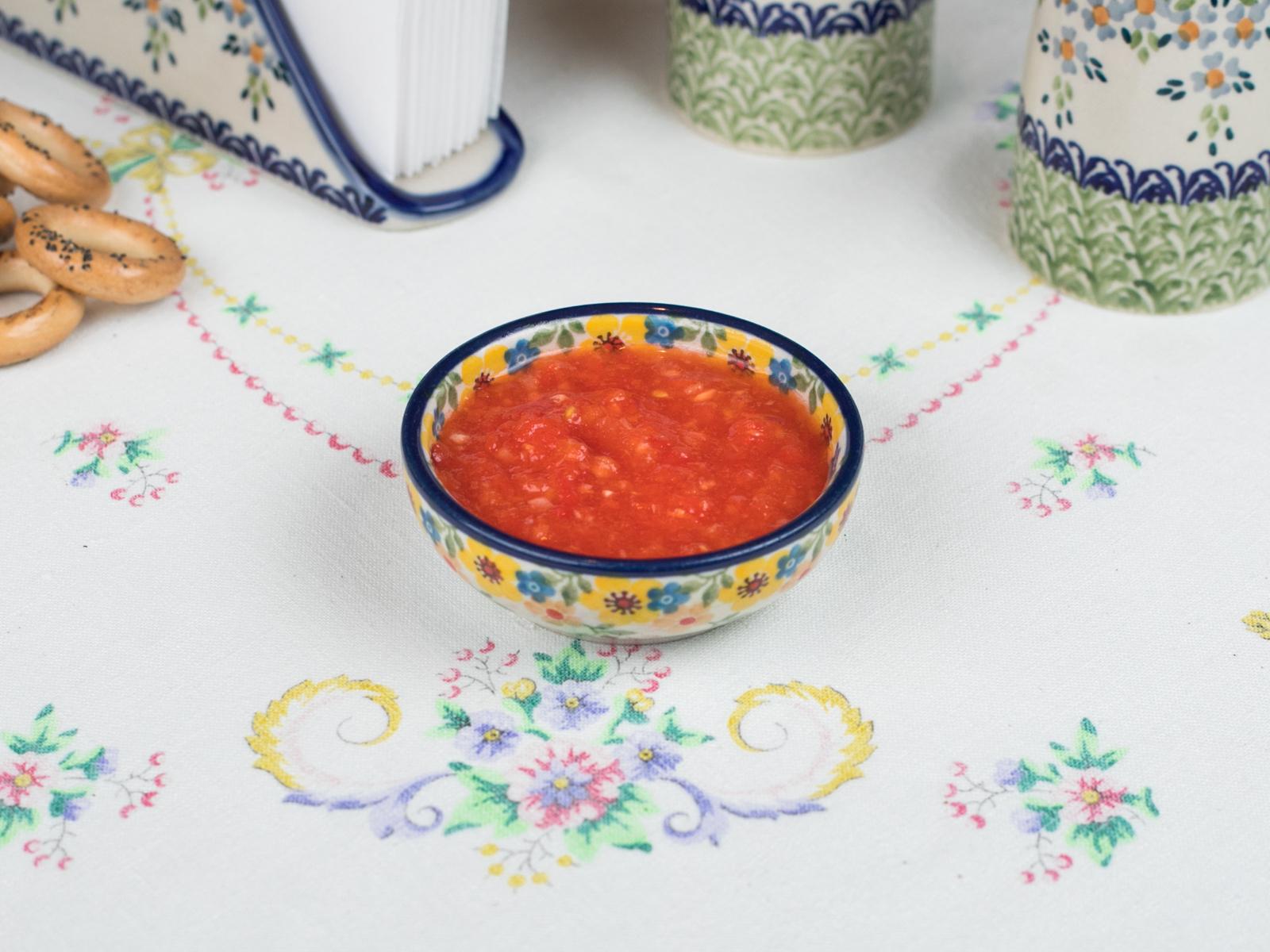 Домашняя аджичка из бакинских помидоров