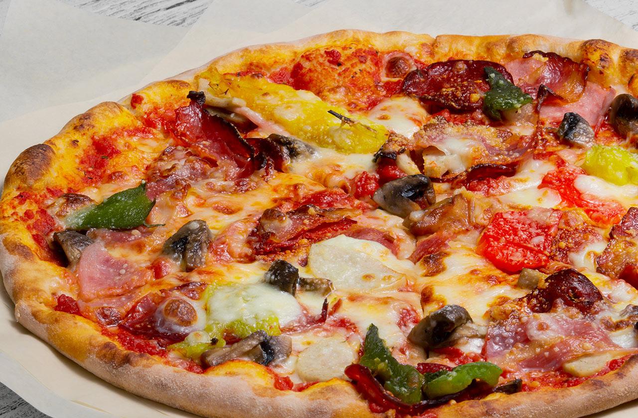 Пицца Il Патио 28 см, на тонком тесте