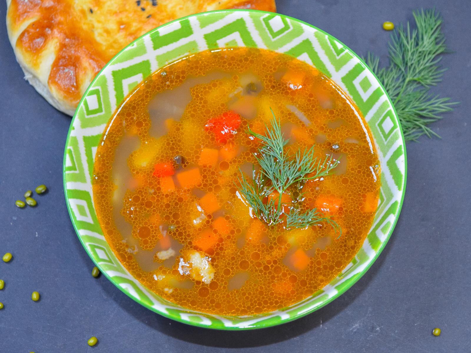 Традиционный узбекский суп Мастава