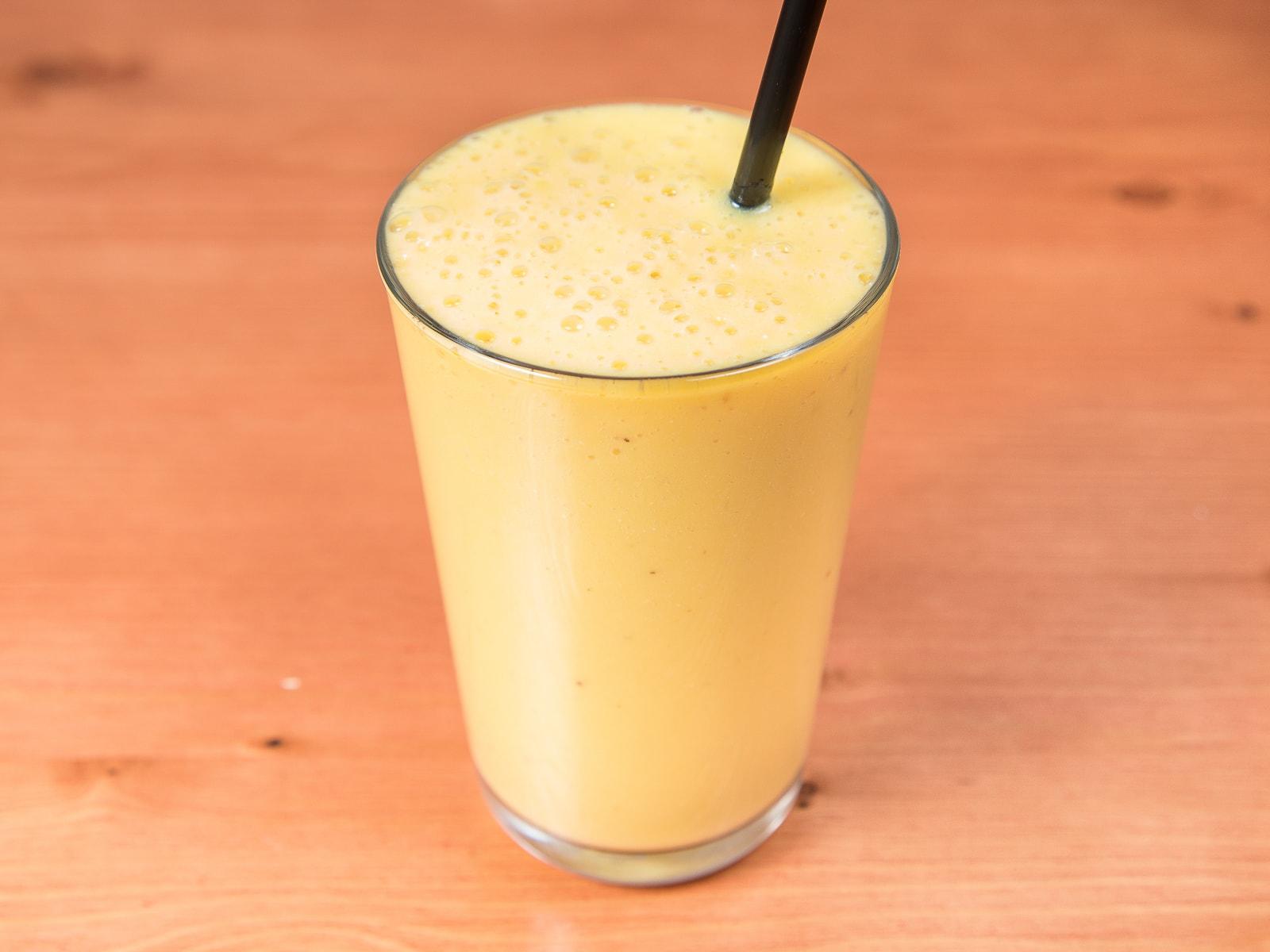 Смузи манго и апельсин