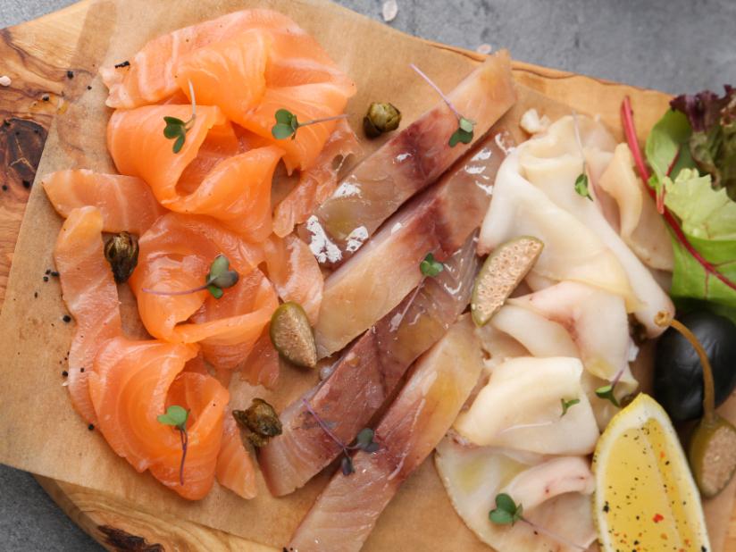 Доска рыбных деликатесов