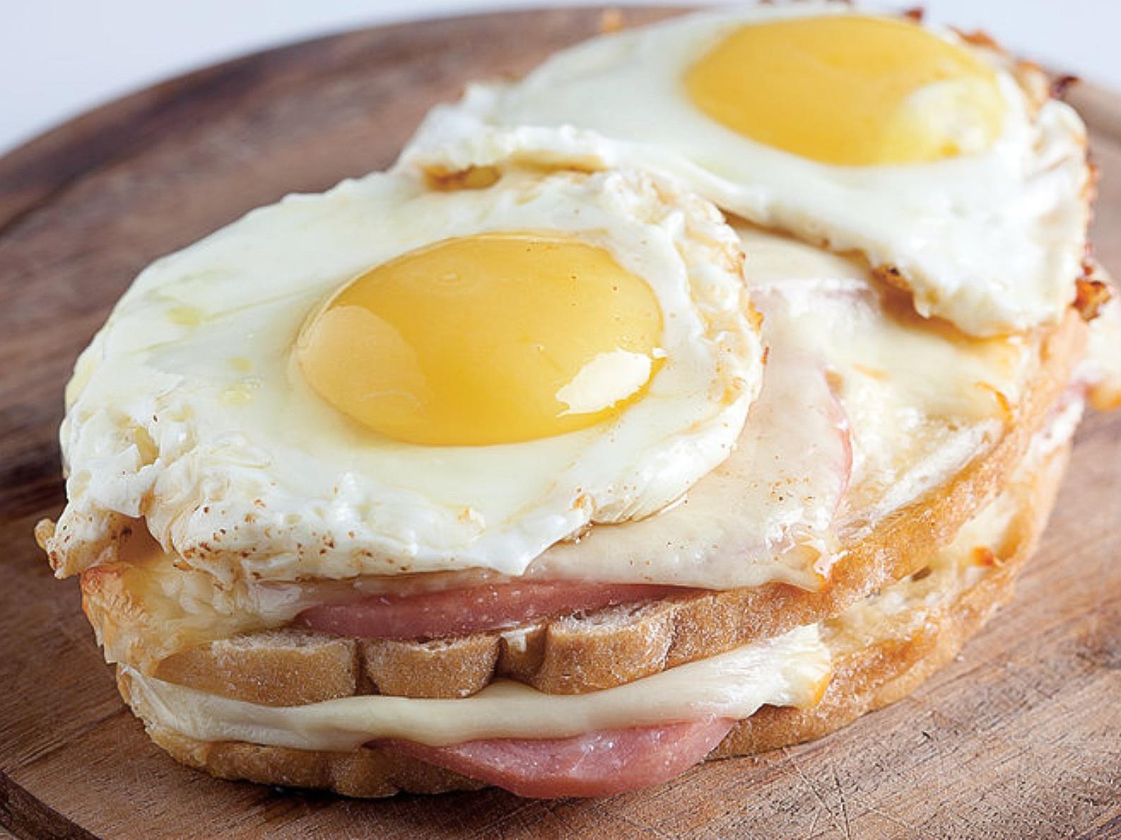 Завтрак Крок Мадам
