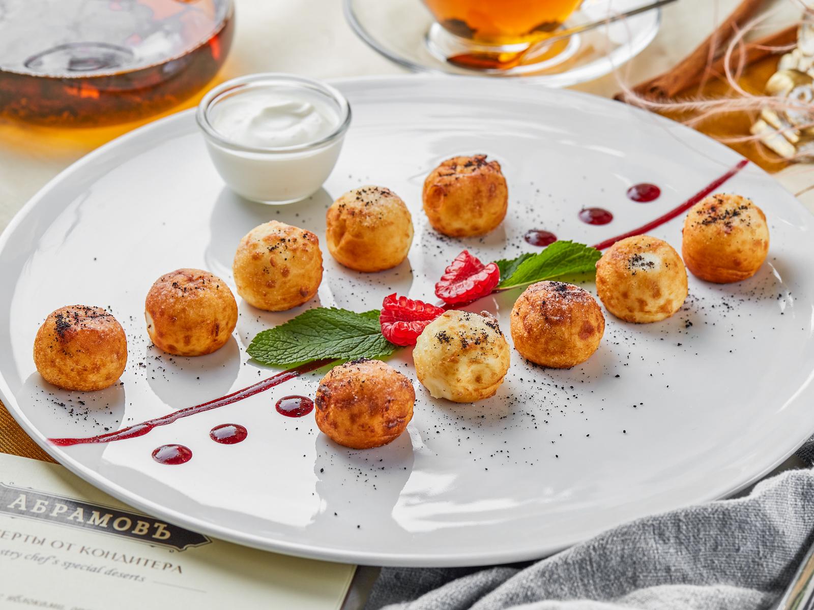 Аппетитные сырники с кедровыми орешками