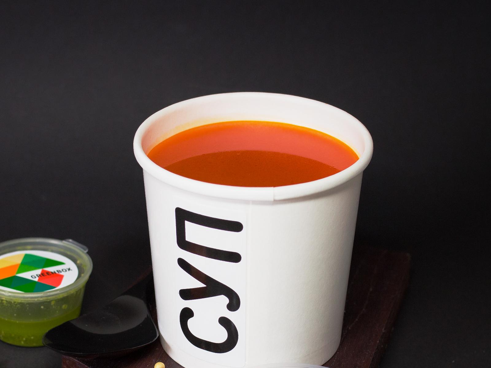 Томатный крем-суп с песто Веган