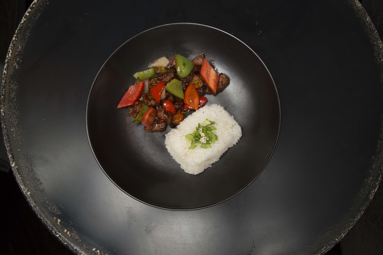 Говядина в соусе Черный перец