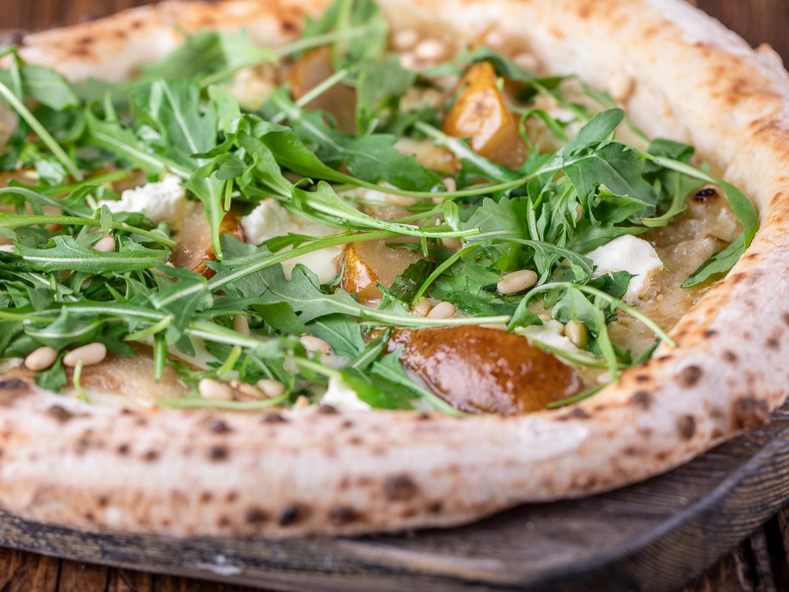 Пицца Бьянка с Грушей