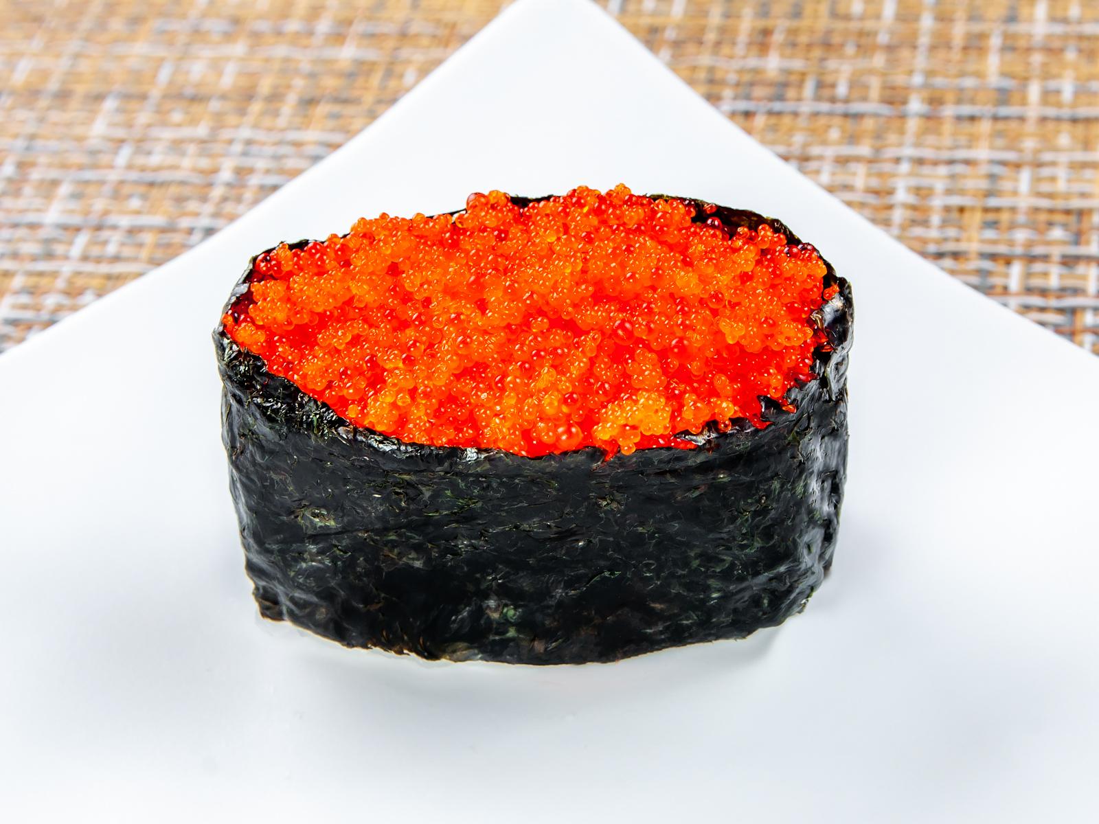 Суши Тобико нигири