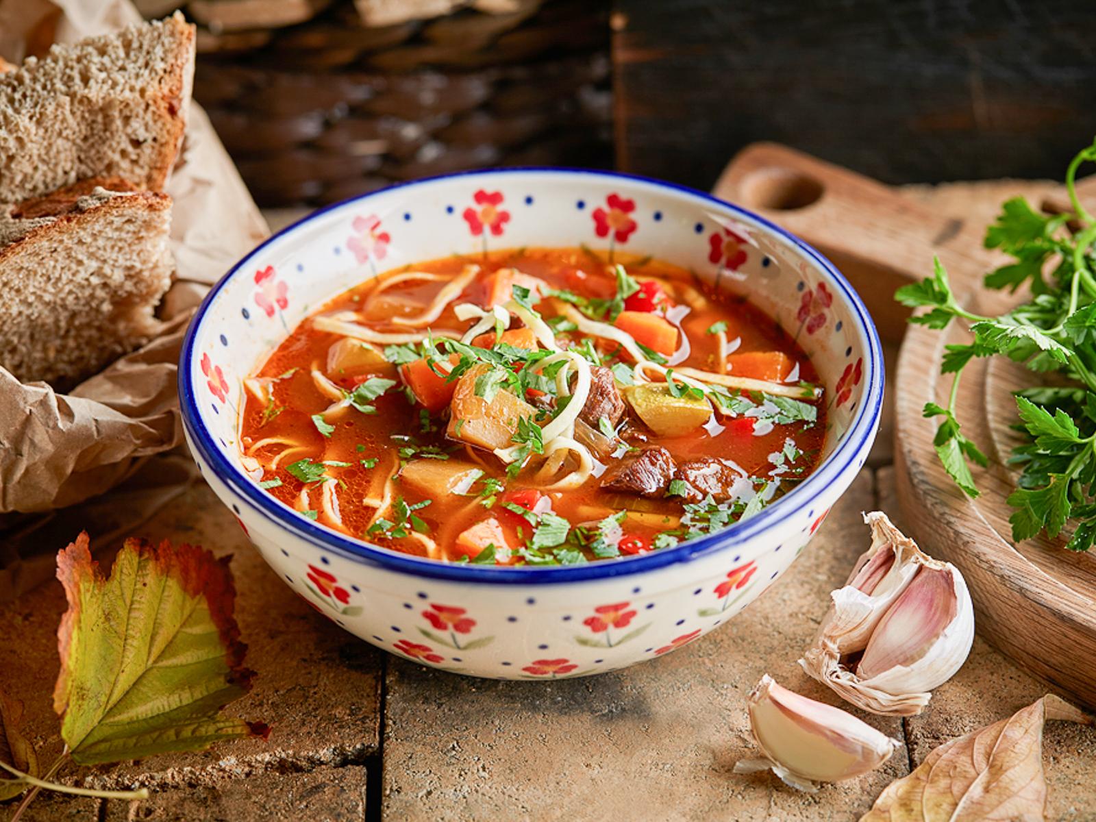 Мясной деревенский суп