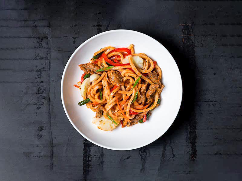 Лапша Удон с говядиной и овощами