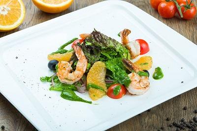 Сицилийский салат с креветками
