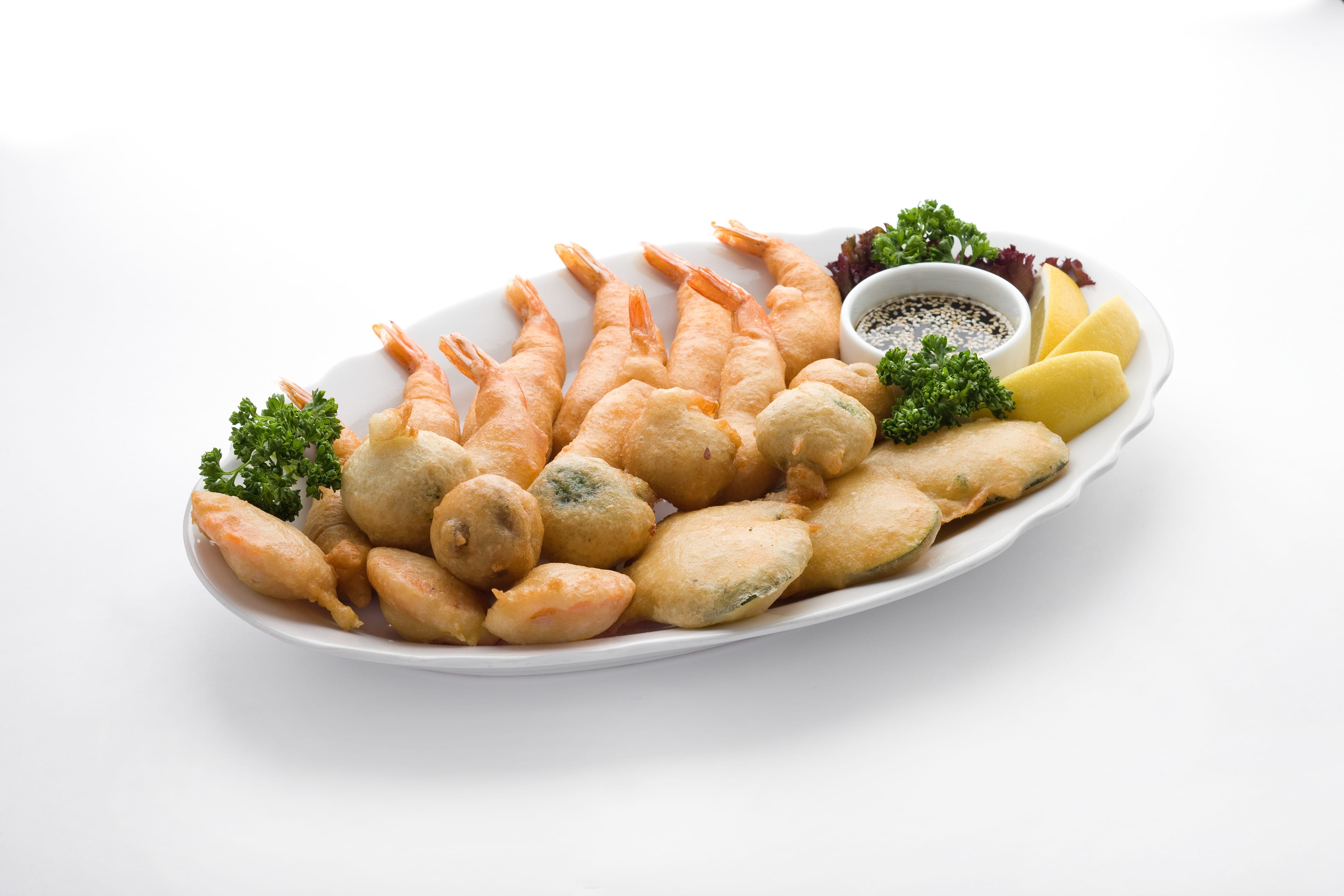 Тигровые креветки с овощами в кляре Кунг Чуп Пад Тод