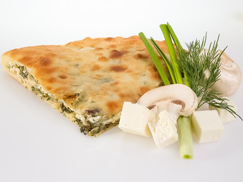Пирог с сыром, зеленью и грибами