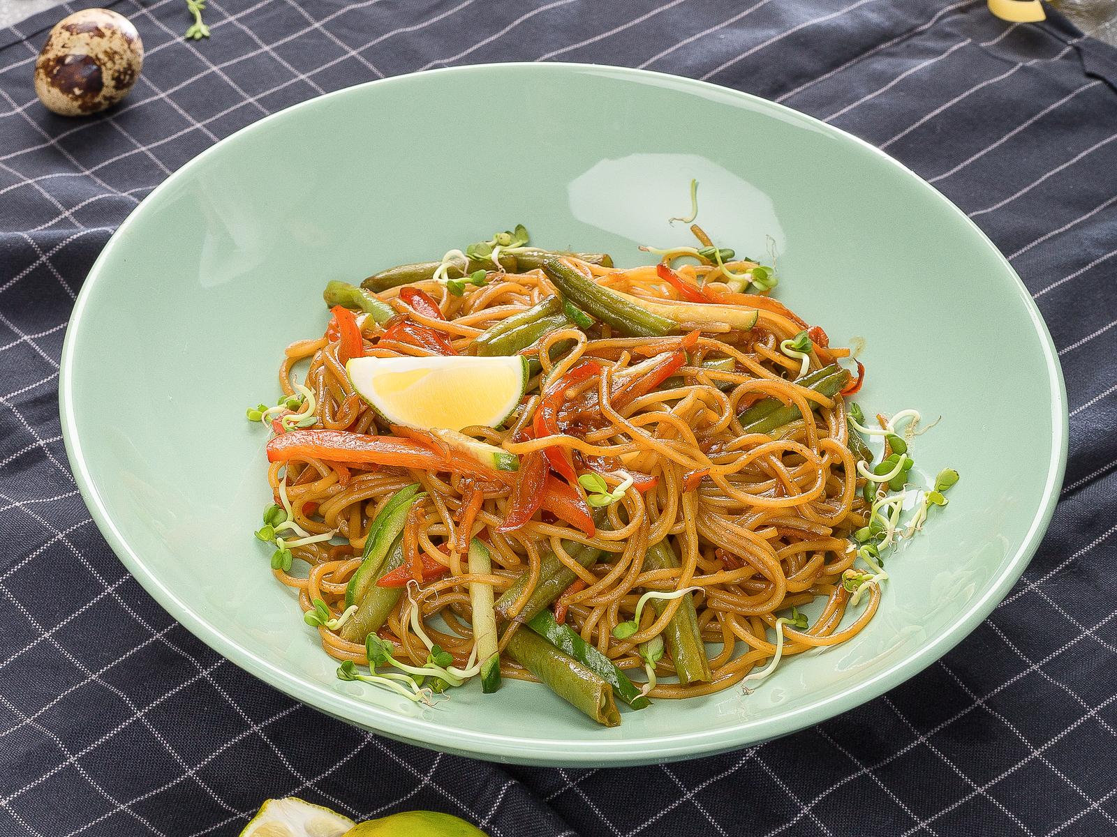 Паста овощная в азиатском стиле