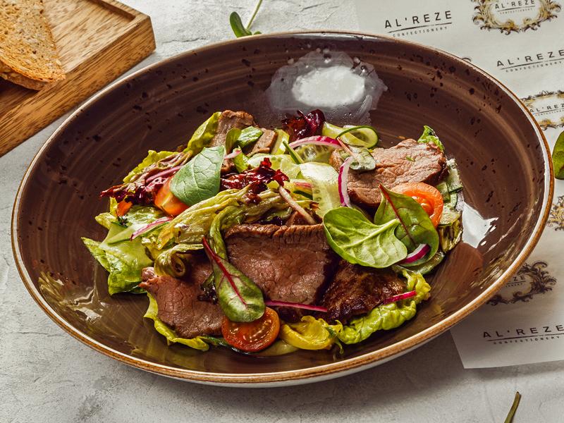 Салат тайский из говядины