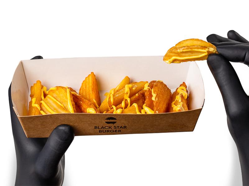 Картофель Крисперс с сырным соусом
