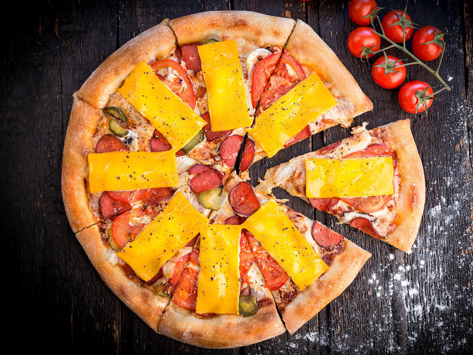 Пицца Чизбургерная с чоризо