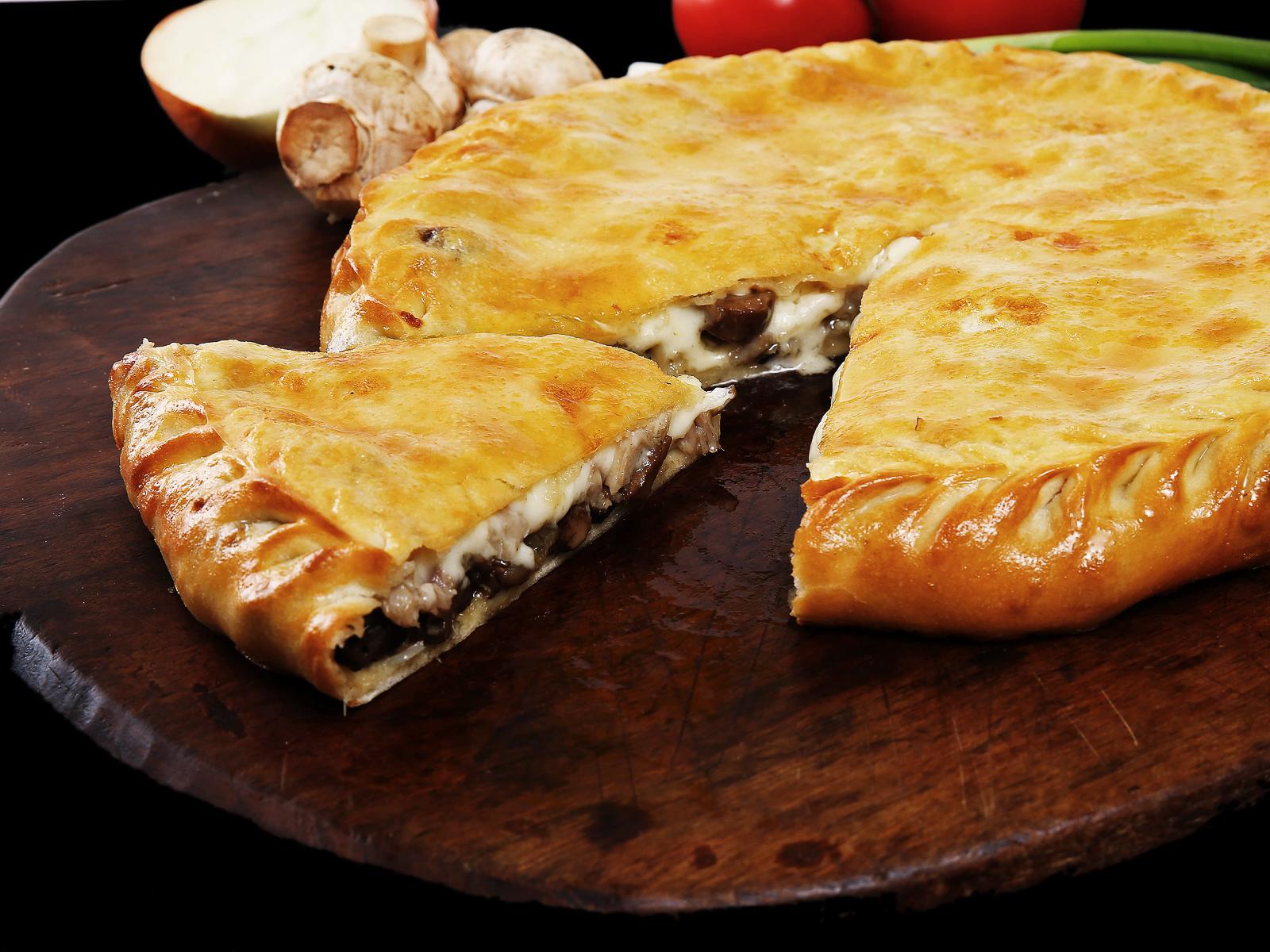 Дагестанский пирог с курицей и грибами