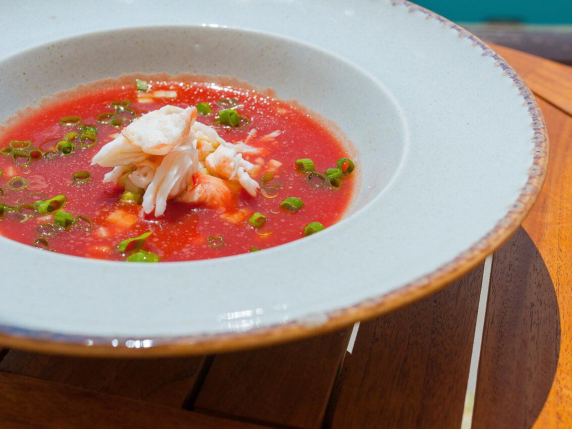 Суп Гаспачо с мясом краба