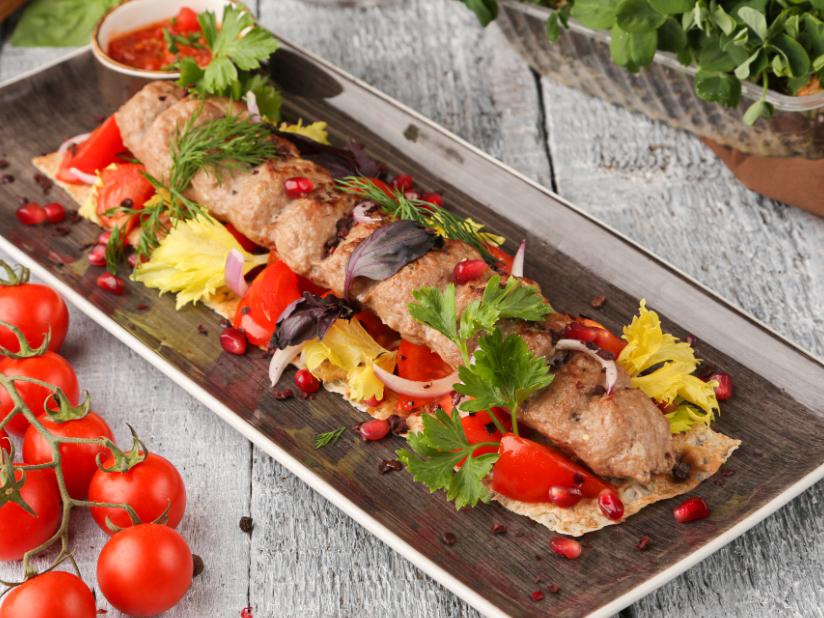 Люля-кебаб из курицы и телятины