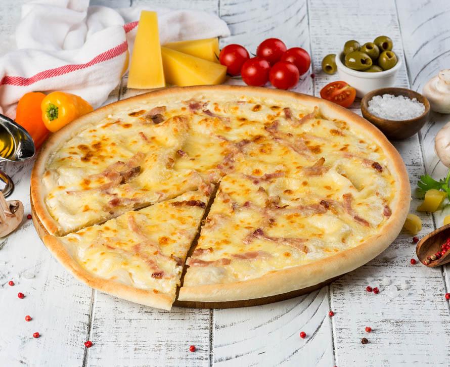 Пицца Карбонара классическая