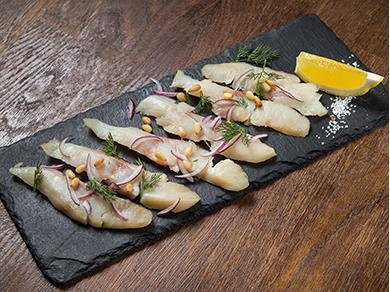 Сибирская рыба слабой соли байкальский омуль