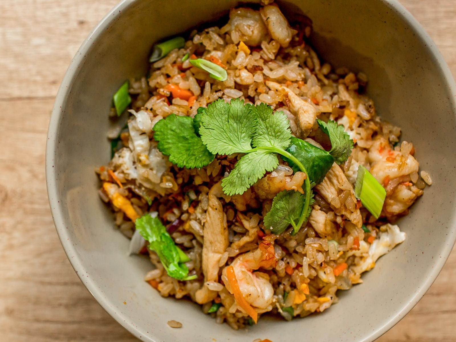 Рис По-Тайски с курицей