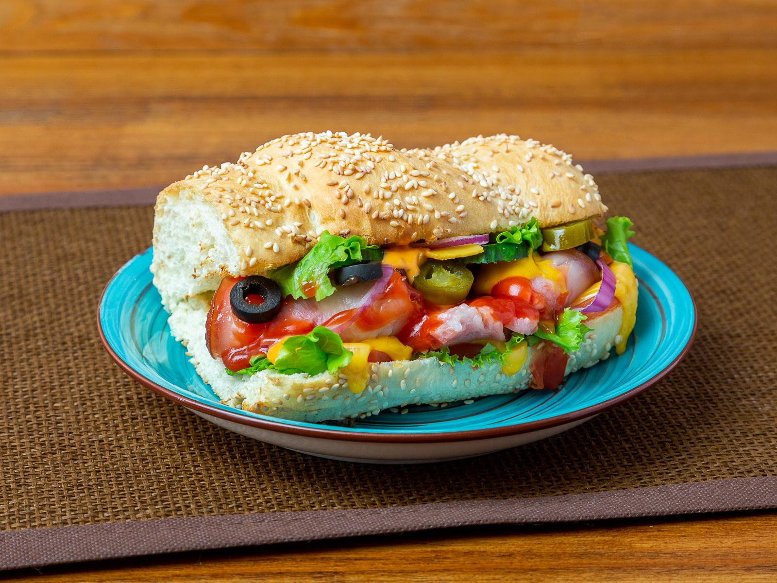 Сэндвич со свининой барбекю