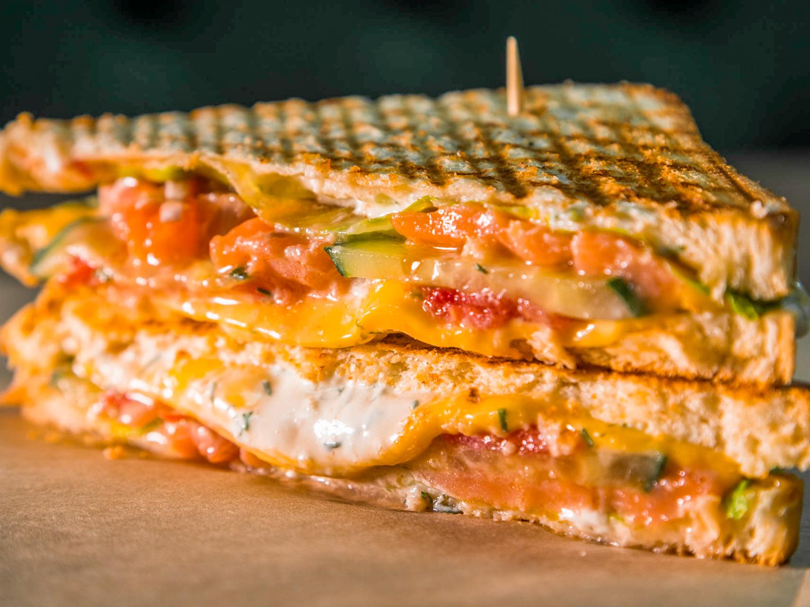 Сэндвич Клаб с семгой