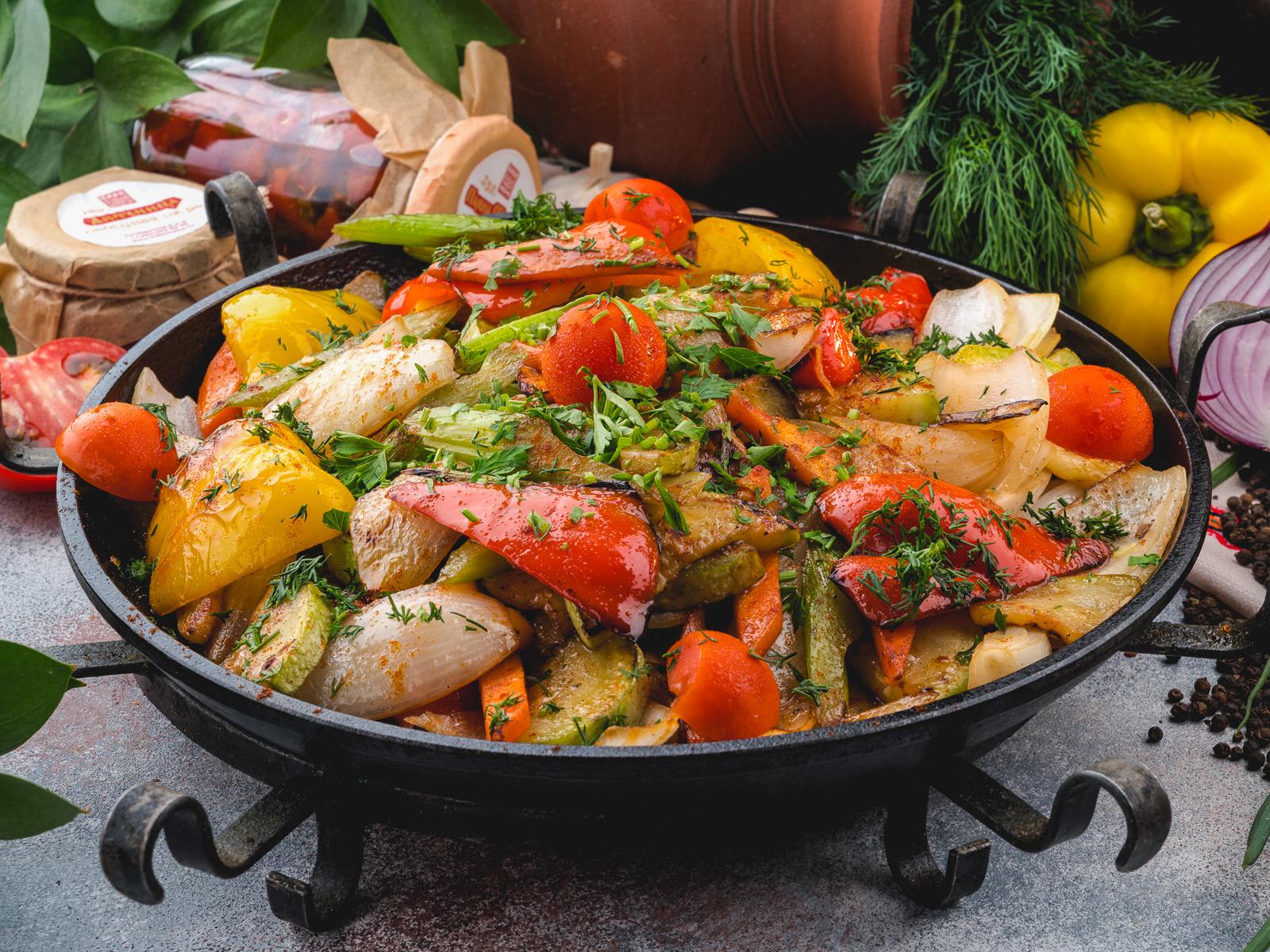 Сач със зеленчуци