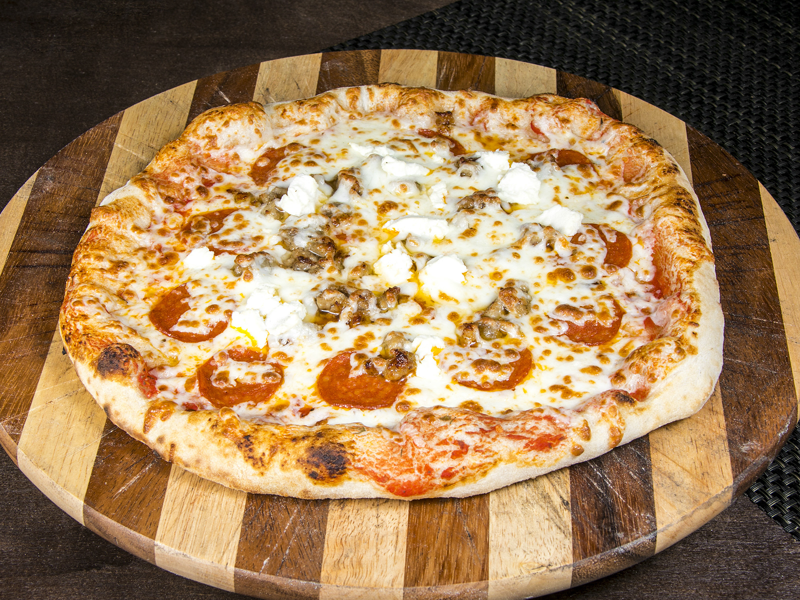 Пицца Мясная со свининой