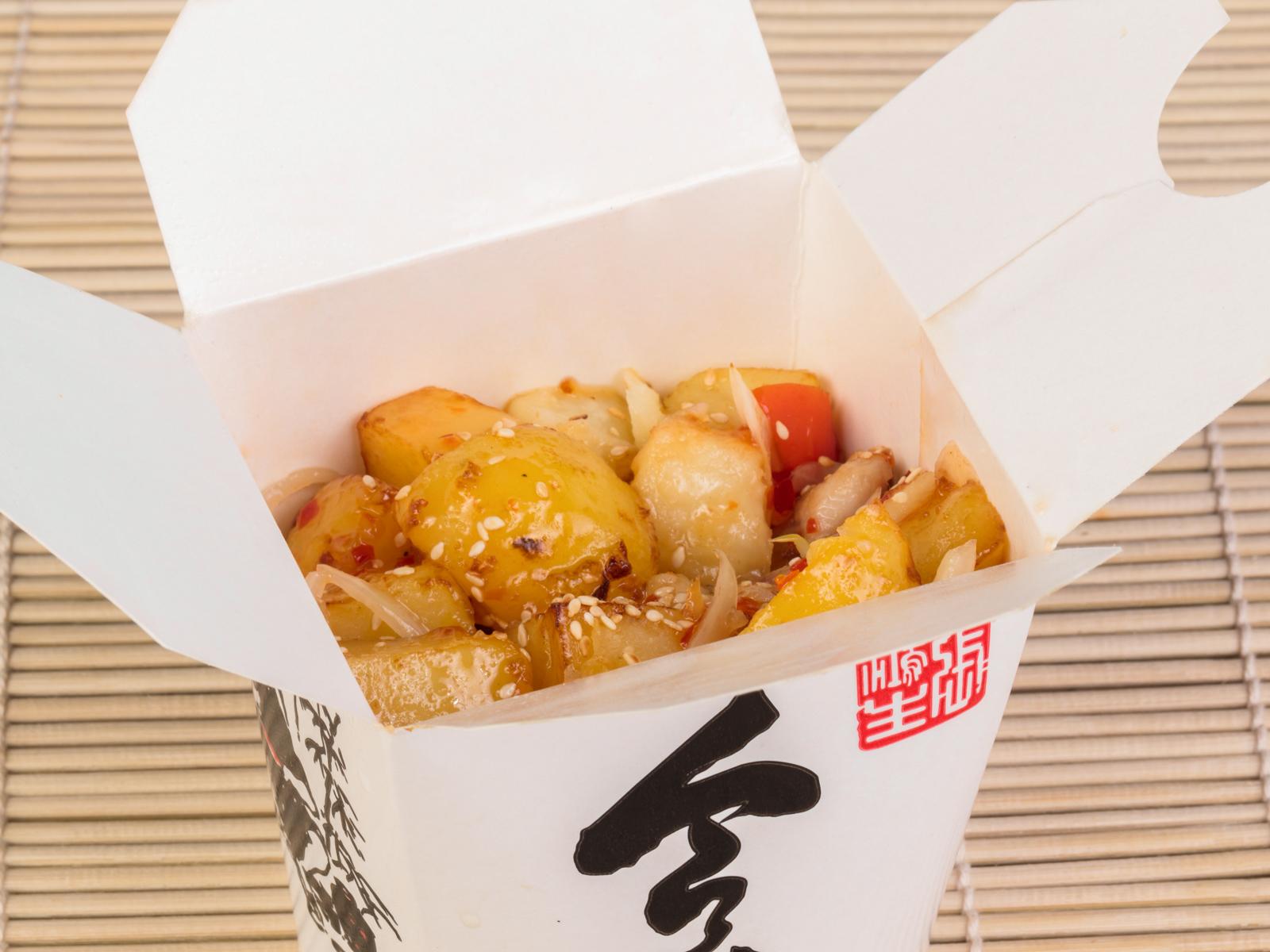 Курица в тайском соусе с овощами