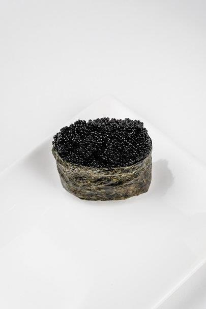 Суши Тобико черное