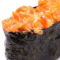Суши острый с лососем