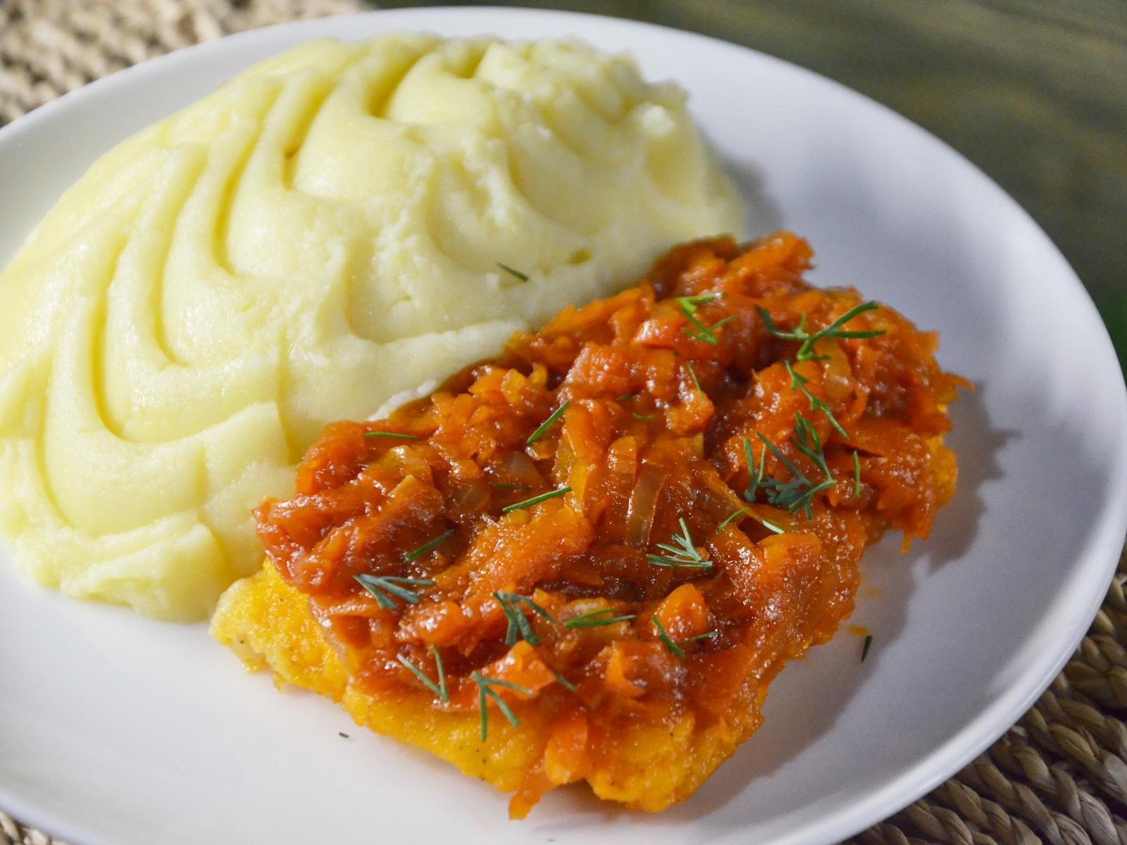 Рыба под маринадом с картофельным пюре