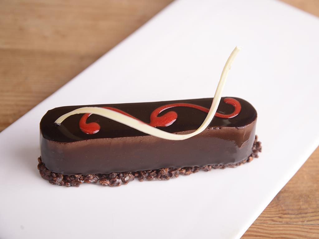 Пирожное малина-шоколад
