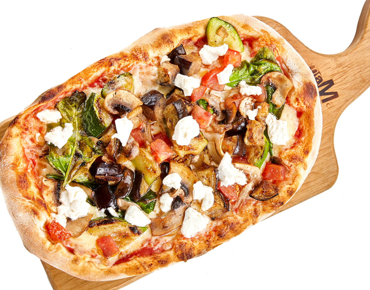 Пицца с овощами и сыром Фета