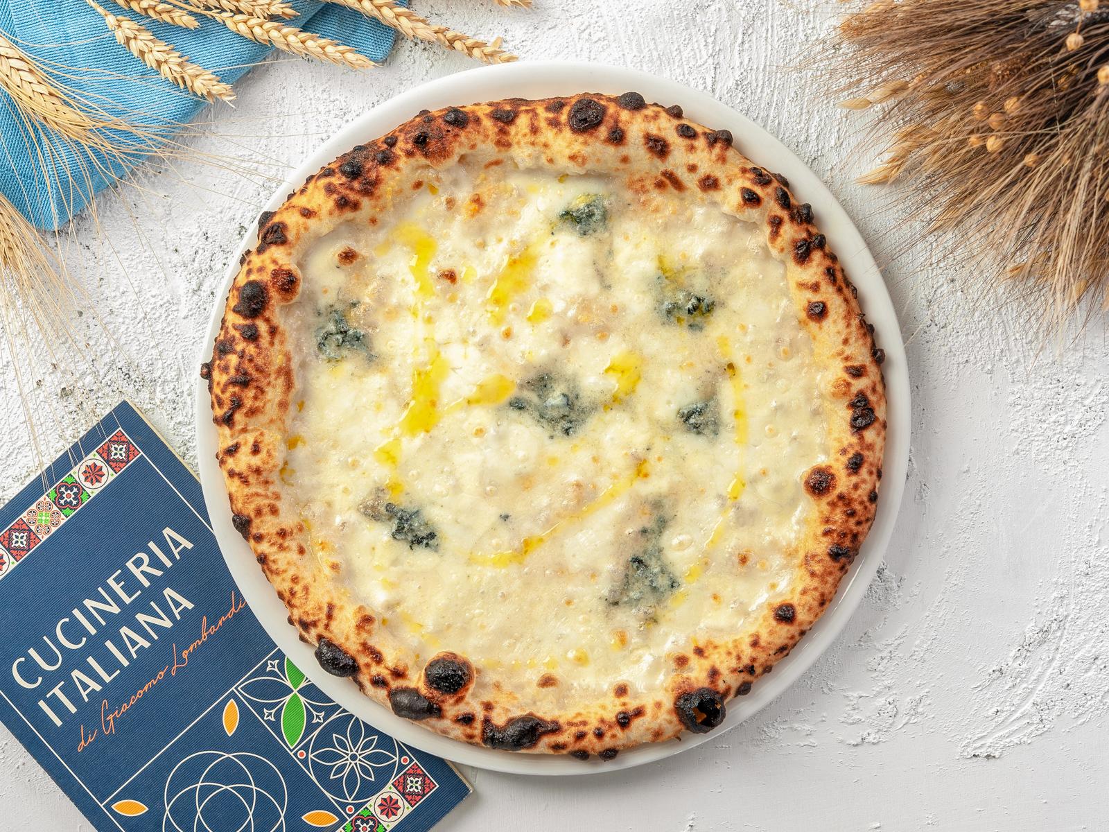 Пицца Четыре сыра плюс один