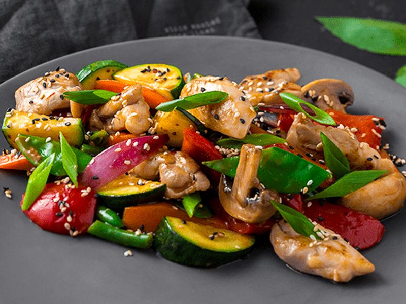 Вок Курица с овощами свит чили