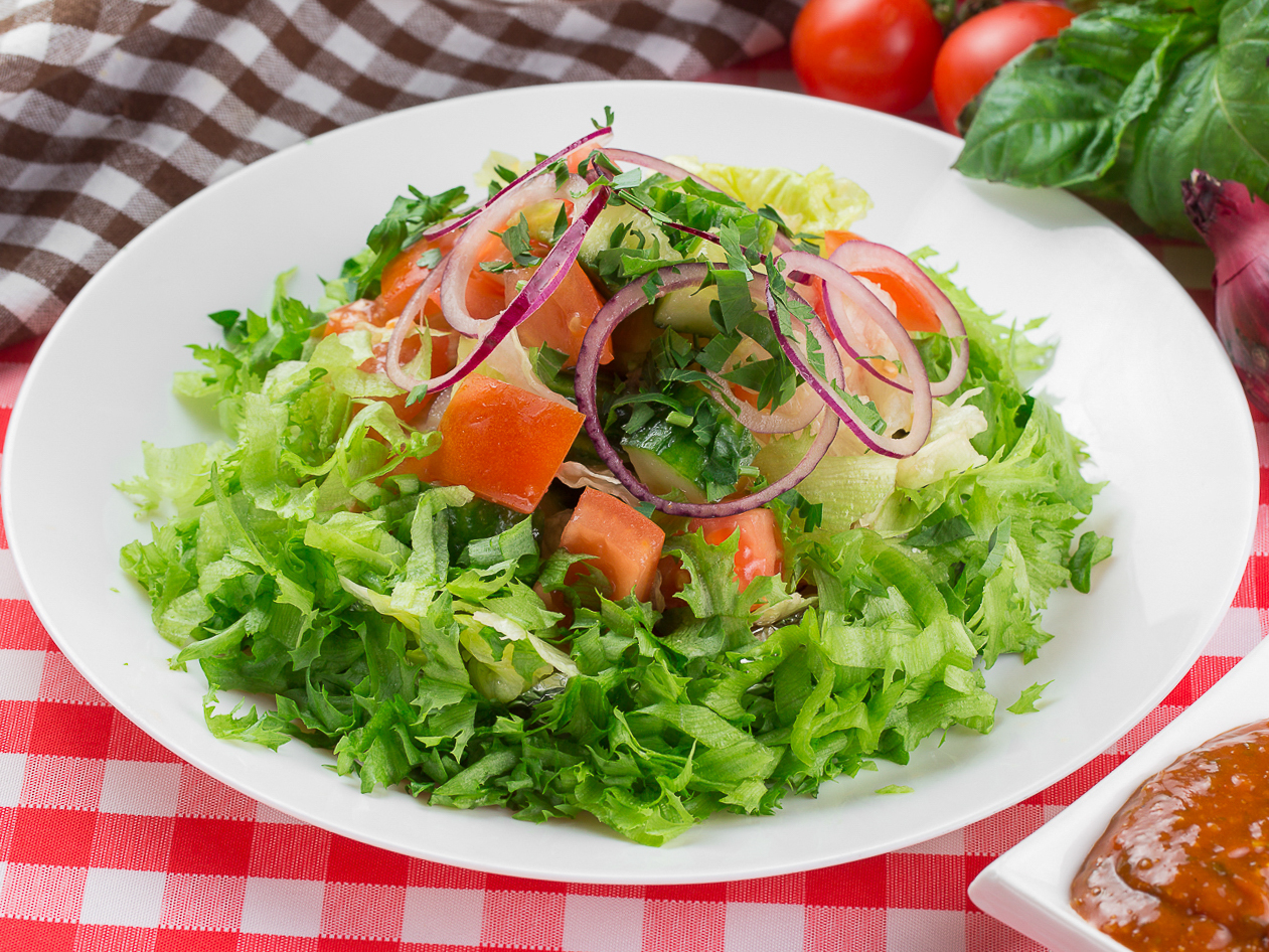 Салат Бодрые овощи