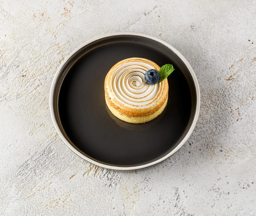 Тарталетка с лимонным кремом и меренгой