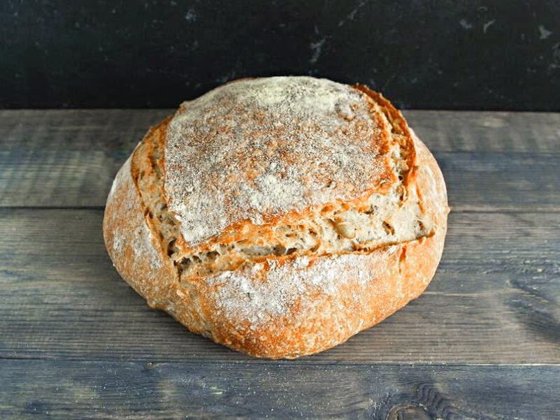 Хлеб пшенично-ржаной с семенами