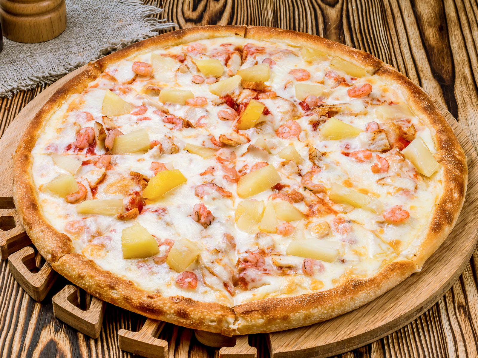 Пицца Гавайская с креветками