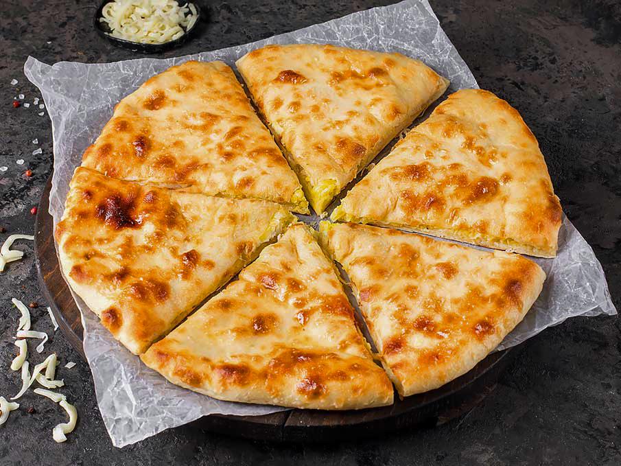 Осетинский пирог с картофелем и жареным луком