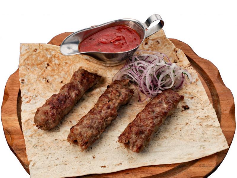 Люля-кебаб из ягнёнка