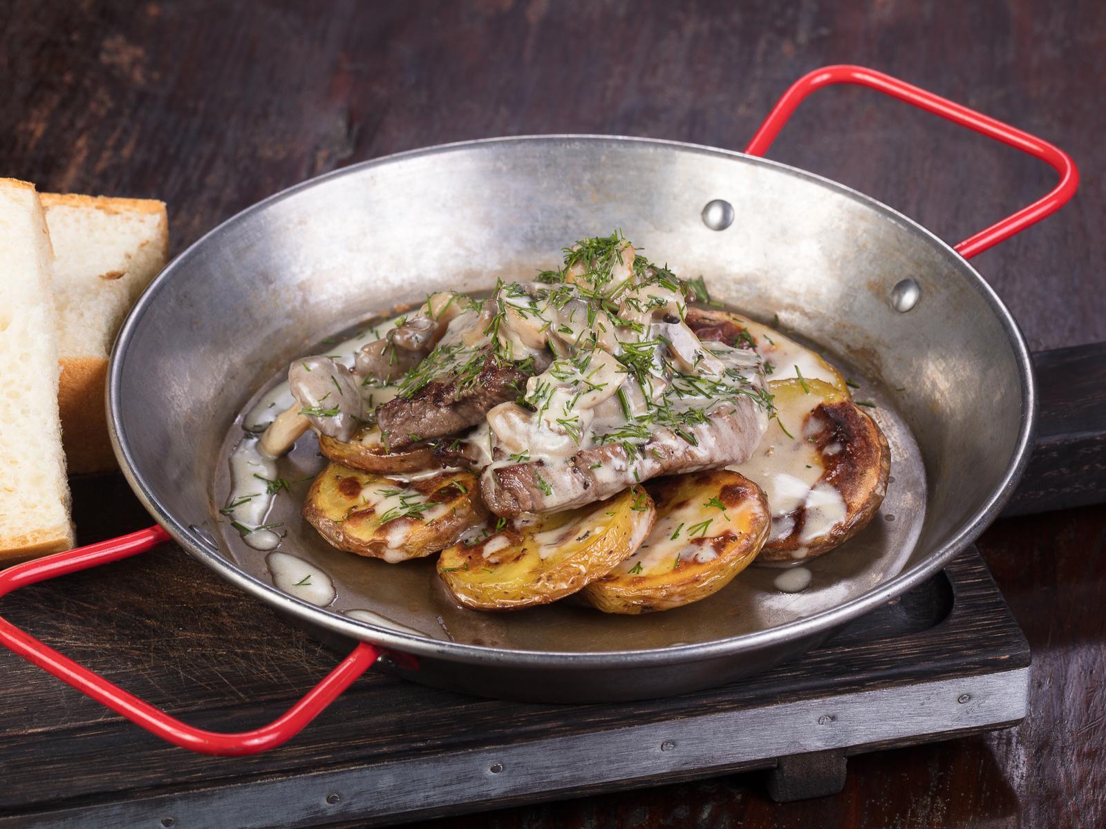 Овощная сковорода на гриле