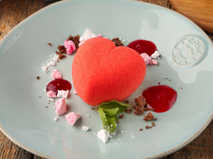 Десерт Сердце из нежного мусса
